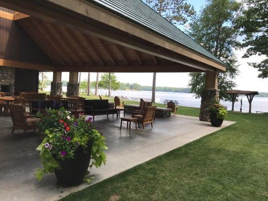 rest-lake-park-pavilion